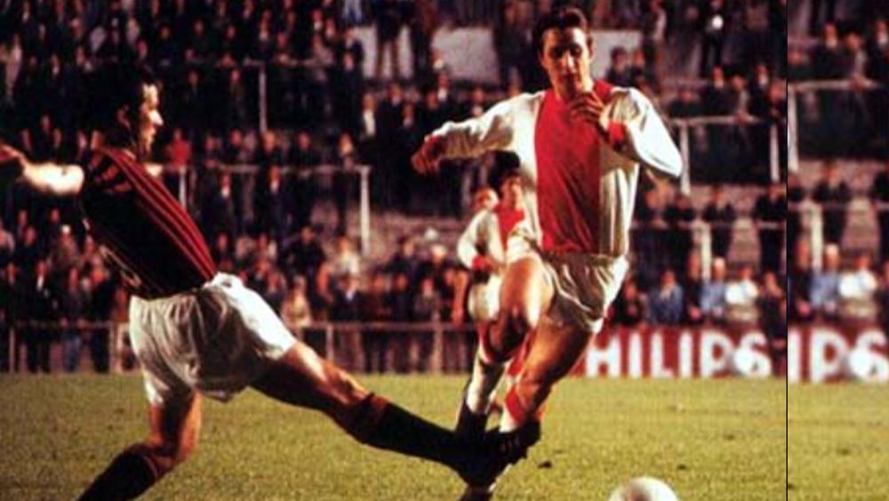 Johan Cruyff oublie de faire son rituel et perd une finale de Coupe d'Europe