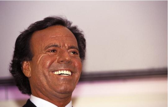 Avant d'être chanteur, Julio Iglesias a été gardien de but du Real Madrid